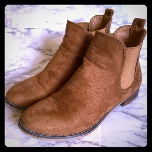 Cathy Jean booties